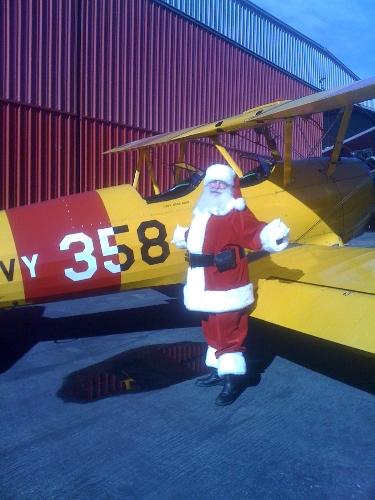 Santa at Torrance Airport