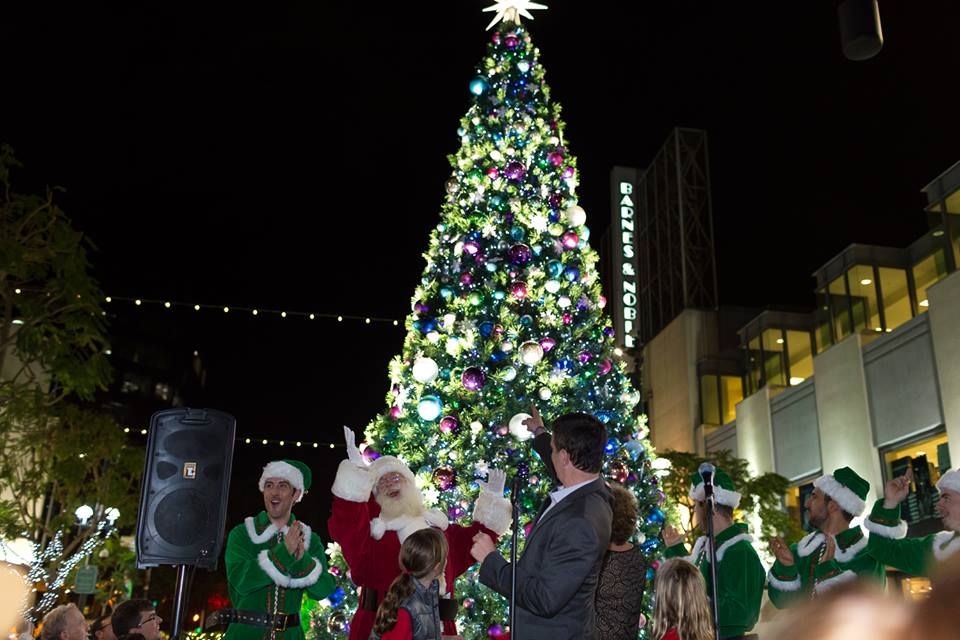 Santa - Santa Monica Tree Lighting 2014